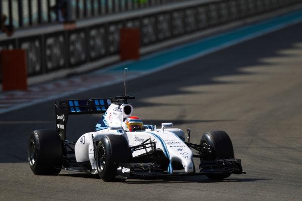 Yas Marina Circuit, Abu Dhabi, United Arab Emirates. Wednesday 26 November 2014. Felipe Nasr, Williams FW36 Mercedes.  World Copyright: Sam Bloxham/LAT Photographic. ref: Digital Image _G7C9703