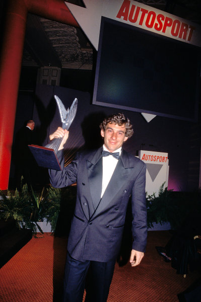 1991 Autosport Awards. Grosvenor House Hotel, Park Lane, London. Ayrton Senna shows off an award as he leaves the stage.World Copyright: LAT Photographicref: 35mm Transparency Image