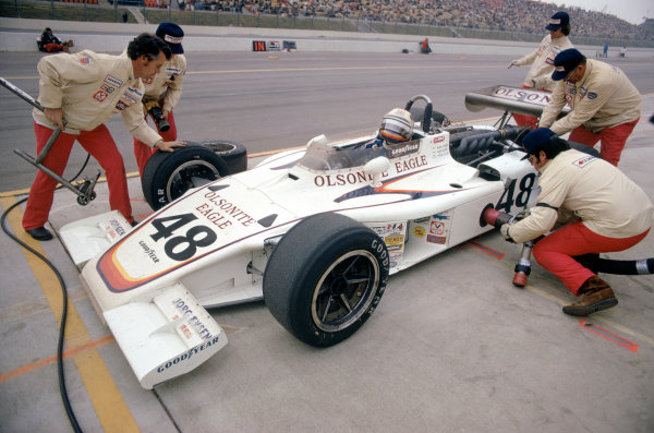 1974 USAC Indycar Series.Ontario, California, USA. 3rd-10th March 1974.Bobby Unser (Eagle-Offenhauser), 1st position.World Copyright: Murenbeeld/LAT Photographic