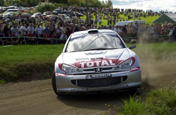 2001 World Rally Championship.Neste Rally Finland. Jyvaskyla, August 24-26, 2001.Marcus Gronholm on stage 4.Photo: Ralph Hardwick/LAT