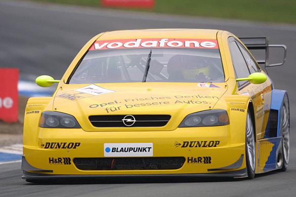 2002 DTM Championship.Hockenheim, Germany. 20-21 April 2002.Manuel Reuter, Opel Team Phoenix.World Copyright: Spinney/LAT Photographic.Ref.: 8 5mb Digital Image Only.