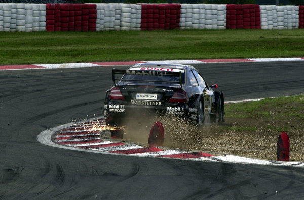 2002 DTM Championship Nurburgring, Germany. 2th - 4th August 2002. Race winner Uwe Alzen (Mercedes Benz CLK-DTM), action.World Copyright: Andre Irlmeier/LAT Photographic