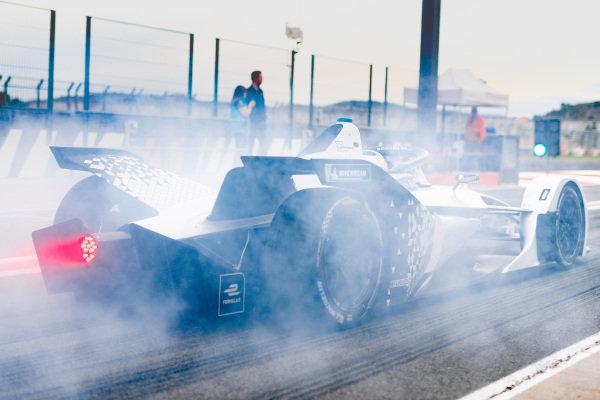 Edoardo Mortara (CHE) Venturi, EQ Silver Arrow 01, burn out in the pit lane