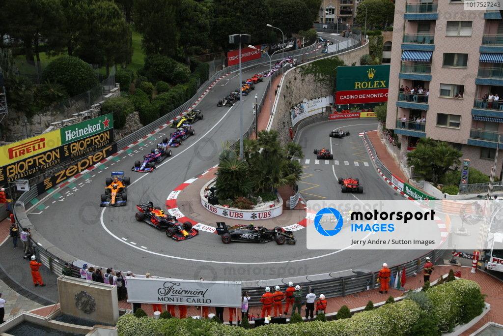 Max Verstappen, Red Bull Racing RB15, leads Sebastian Vettel, Ferrari SF90, Daniel Ricciardo, Renault R.S.19, Kevin Magnussen, Haas VF-19, Pierre Gasly, Red Bull Racing RB15, and Carlos Sainz Jr., McLaren MCL34