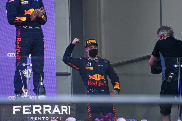 Juri Vips (EST, Hitech Grand Prix), 1st position, on the podium