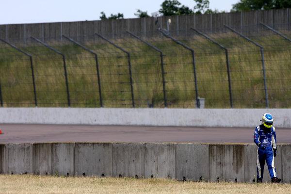 Rockingham, Northamptonshire. 16th - 18th July 2010.Carlos Huertas (COL) Raikkonen Robertson Racing Dallara Mercedes.World Copyright: Ebrey/LAT Photographic.