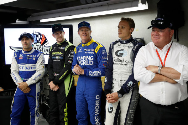 Verizon IndyCar Series Indianapolis 500 Race Indianapolis Motor Speedway, Indianapolis, IN USA Sunday 28 May 2017 Tony Kanaan, Chip Ganassi Racing Teams Honda, Charlie Kimball, Chip Ganassi Racing Teams Honda, Scott Dixon, Chip Ganassi Racing Teams Honda, Max Chilton, Chip Ganassi Racing Teams Honda with team owner Chip Ganassi pre-race meeting and walk to pit lane World Copyright: Michael L. Levitt LAT Images