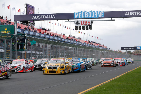 2014 V8 Supercars. Albert Park, Melbourne, Australia. Race 4. Sunday 16 March 2014. James Moffat, No.360 Norton Hornets Nissan Altima, leads the remainder of the field away at the start. World Copyright: Sam Bloxham/LAT Photographic. ref: Digital Image _SBL5727