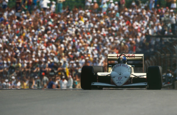Montreal, Canada. 10th - 12th June 1988. Derek Warwick (Arrows A10B-Megatron BMW), 7th position, action.  World Copyright: LAT Photographic. Ref: CC CAN 16