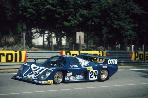 1982 Le Mans 24 hours. Le Mans, France. 19th - 20th June 1982. Jean-Pierre Jaussaud / Henri Pescarolo (Rondeau M382 Ford), retired, action. World Copyright: LAT Photographic. Ref: 82LM29.