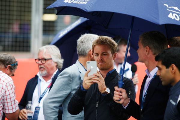 Williams 40 Event Silverstone, Northants, UK Friday 2 June 2017. L-R: Nigel Mansell, Keke Rosberg, Damon Hill, Nico Rosberg, David Coulthard and Karun Chandhok. World Copyright: Joe Portlock/LAT Images ref: Digital Image _L5R0452