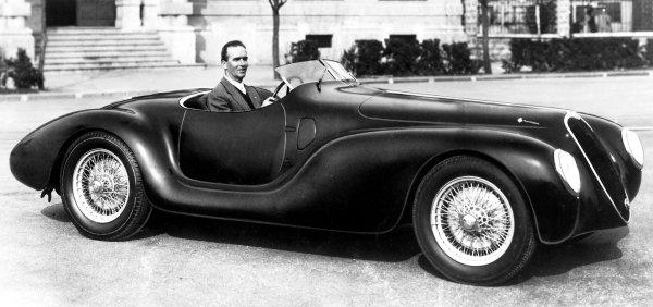 1940 Mille Miglia.Italy. 1940.Giuseppe Farina (Alfa Romeo 2 5-litre 6cyl) prior to the race. Ref: Autocar S70/1552.World Copyright - LAT Photographic