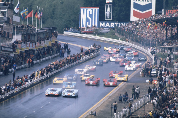1970 Spa Francorchamps 1000 kms. Spa Francorchamps, Belgium. 17th May 1970. Rd 6. Jo Siffert / Brian Redman (Porsche 917K), 1st position, side by side with Pedro Rodriguez / Leo Kinnunen (Porsche 917K), retired, at the start of the race, action.  World Copyright: LAT Photographic.