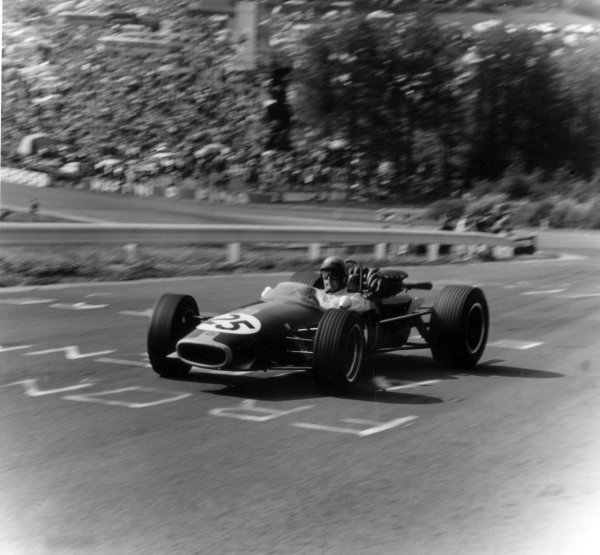 1967 Belgian Grand Prix.Spa-Francorchamps, Belgium. 18 June 1967.Jack Brabham, Brabham BT24-Repco, retired, action.World Copyright: LAT PhotographicRef: 39691