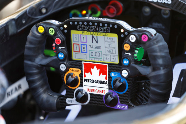 James Hinchcliffe, Schmidt Peterson Motorsports Honda, steering wheel, cockpit