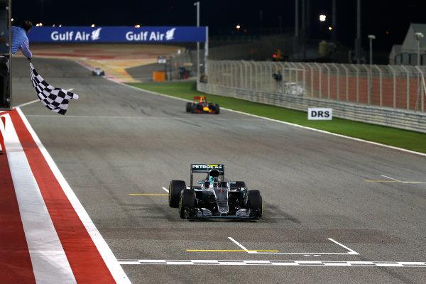 Bahrain International Circuit, Sakhir, Bahrain. Sunday 3 April 2016. Nico Rosberg, Mercedes F1 W07 Hybrid takes the chequered flag to win the race.  World Copyright: Glenn Dunbar/LAT Photographic ref: Digital Image _89P0182