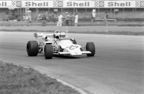 Adrian Wilkins, March 722 Ford.