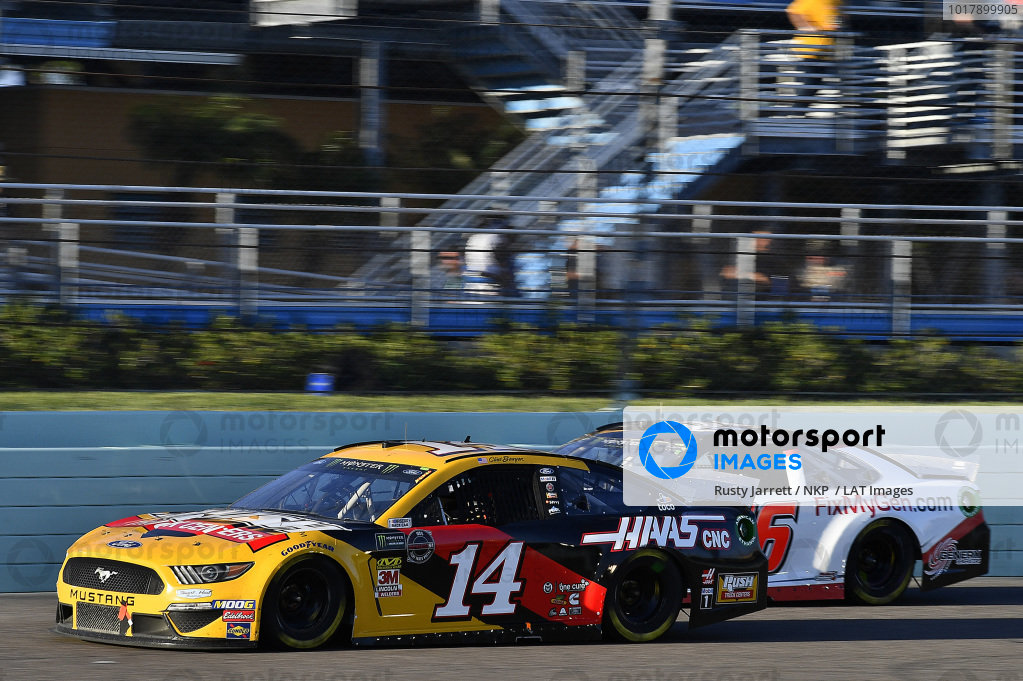 #14: Clint Bowyer, Stewart-Haas Racing, Ford Mustang Rush Truck Centers / Haas CNC