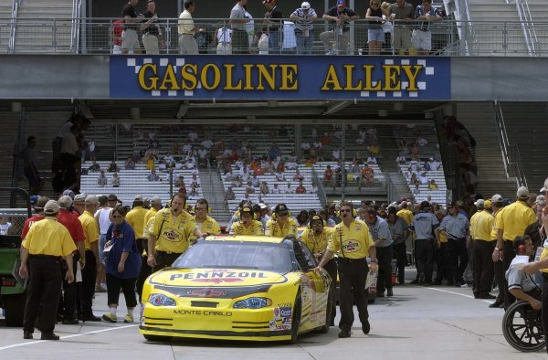 2002 NASCAR,Indianapolis, August 03-04 20022002 NASCAR,Indianapolis Motor Speedway, Indiana. USASteve Park getting pushed into the famed gasoline alleyCopyright-Robt LeSieur2002LAT Photographic