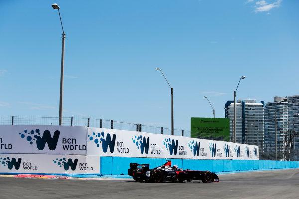 2014 FIA Formula E Championship. Punta del Este ePrix, Uruguay. Stephane Sarrazin (FRA)/Venturi Racing - Spark-Renault SRT_01E. Photo: Zak Mauger/LAT/FE ref: Digital Image _L0U9658