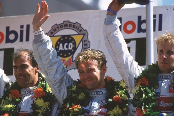 2000 Le Mans 24 Hours. Le Mans, France. 17-18 June 2000. Frank Biela/Tom Kristensen/Emanuele Pirro (Audi), 1st position. World Copyright: LAT Photographic. Ref:  00LM21.