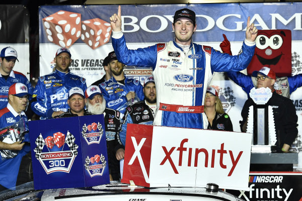 #98: Chase Briscoe, Stewart-Haas Racing, Ford Mustang Ford Performance Racing School, celebrates after winning.