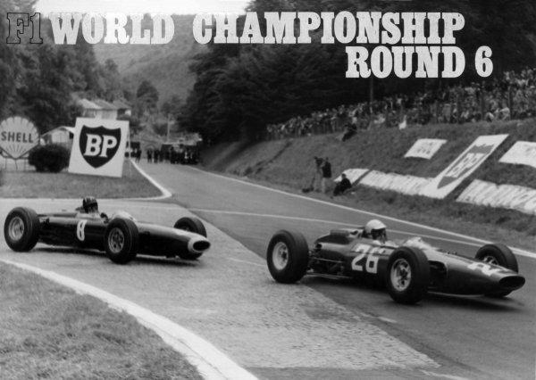 1964 French Grand Prix.Rouen-les-Essarts, France.26-28 June 1964.Lorenzo Bandini (Ferrari 158) 9th position, leads Graham Hill (BRM P261) 2nd position, action.World Copyright - LAT Photographic.Ref: B/W Print.