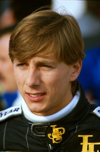 Johnny Dumfries(GBR) in 1986Drove for Lotus