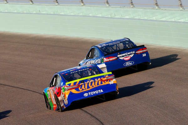 Monster Energy NASCAR Cup Series Ford EcoBoost 400 Homestead-Miami Speedway, Homestead, FL USA Sunday 19 November 2017 Kyle Busch, Joe Gibbs Racing, M&M's Caramel Toyota Camry and Danica Patrick, Stewart-Haas Racing, Aspen Dental Ford Fusion World Copyright: Russell LaBounty LAT Images