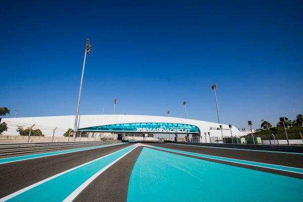 2017 GP3 Series Round 8.  Yas Marina Circuit, Abu Dhabi, United Arab Emirates. Thursday 23 November 2017. A view of the circuit. Photo: Zak Mauger/GP3 Series Media Service. ref: Digital Image _56I8246