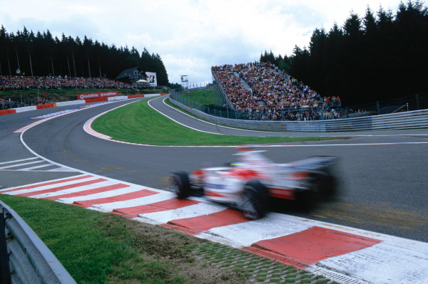2004 Belgian Grand Prix.Spa Francorchamps, Belgium. 27th - 29th August.A Toyota driver heads into Eau Rouge. Action. World Copyright:LAT PhotographicRef:35mm Image A01