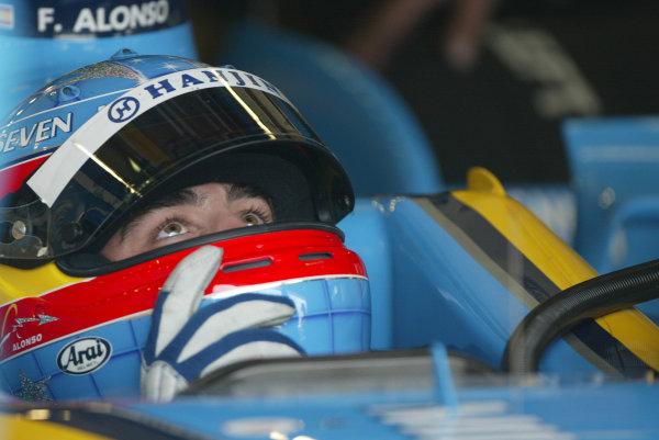 2003 San Marino Grand Prix - Saturday Final Qualifying,Imola, Italy. 19th April 2003 Fernando Alonso, Renault R23.World Copyright: Steve Etherington/LAT Photographic ref: Digital Image Only