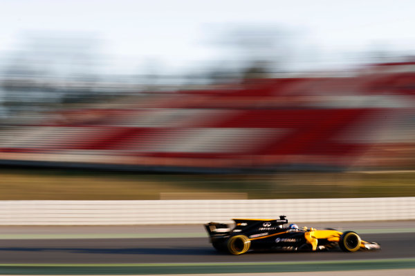 Circuit de Barcelona Catalunya, Barcelona, Spain. Thursday 02 March 2017. Jolyon Palmer, Renault R.S.17. World Copyright: Glenn Dunbar/LAT Images ref: Digital Image _31I3371