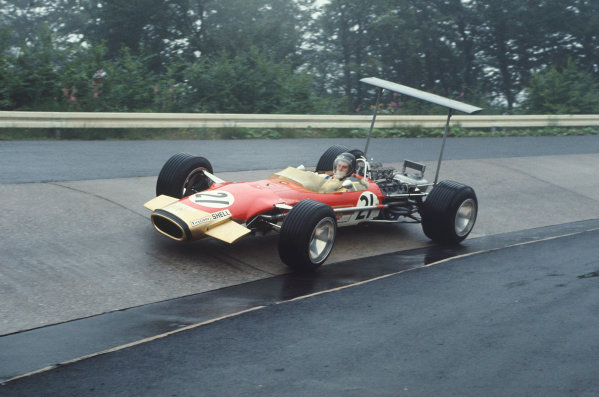 1968 German Grand Prix.  Nurburgring, Germany. 2-4 August 1968.  Jackie Oliver, Lotus 49B Ford.  Ref: 68GER12. World Copyright: LAT Photographic