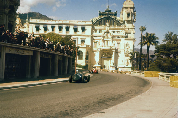 Monte Carlo, Monaco. 16-19 May 1957. Ron Flockhart (BRM P25) follows Maurice Trintignant (Lancia-Ferrari D50 801). Trintignant finished in 5th position. Ref-57 MON 03. World Copyright - LAT Photographic