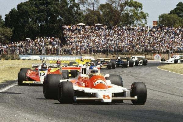 1979 Argentinian Grand Prix  Buenos Aires, Argentina. 19-21st January 1979.  Patrick Tambay, McLaren M28 Ford, leads Gilles Villeneuve, Ferrari 312T3.  Ref: 79ARG27. World copyright: LAT Photographic