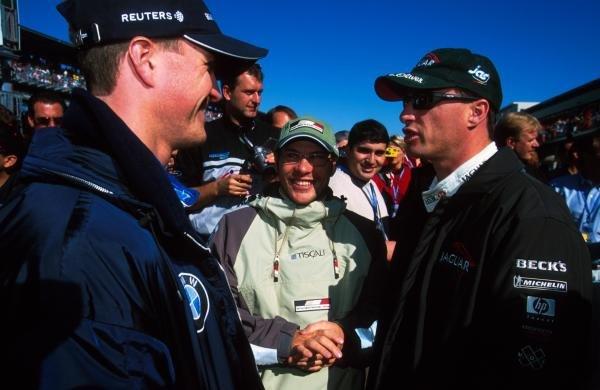 L-R: Ralf Schumacher(GER), Jacques Villeneuve(CDN), Eddie Irvine(GBR) USA Grand Prix, Indianapolis 30 September 2001 BEST IMAGE