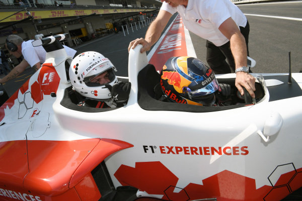 Patrick Friesacher (AUT) F1 Experiences 2-Seater driver and F1 Experiences 2-Seater passenger at Formula One World Championship, Rd18, Mexican Grand Prix, Qualifying, Circuit Hermanos Rodriguez, Mexico City, Mexico, Saturday 28 October 2017.