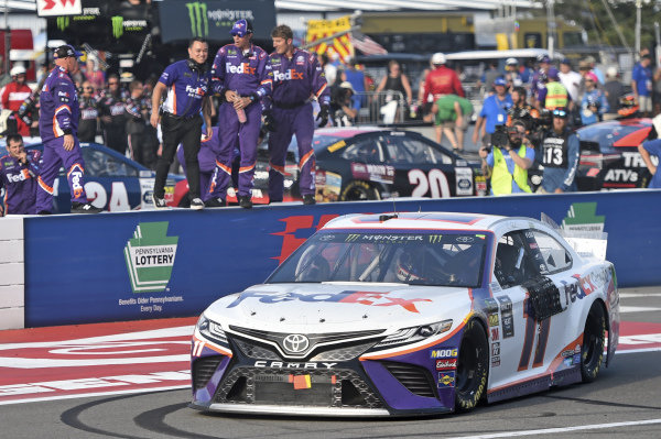 #11: Denny Hamlin, Joe Gibbs Racing, Toyota Camry FedEx Ground