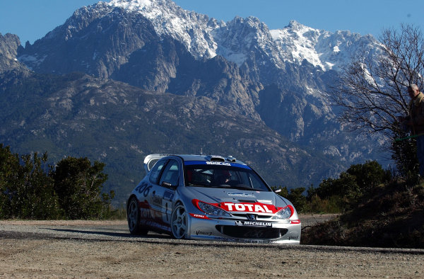 2002 World Rally ChampionshipInmarsat Corsica Rally, 8th-10th March 2002.Richard Burns during shakedown.Photo: Ralph Hardwick/LAT