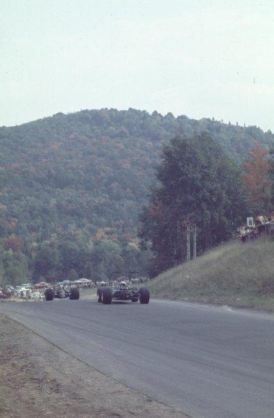 1968 Canadian Grand Prix.Mont-Tremblant, (St. Jovite), Quebec, Canada.20-22 September 1968.Jackie Stewart (Matra MS11) follows Jack Brabham (Brabham BT26 Repco).Ref-68 CAN 25.World Copyright - LAT Photographic