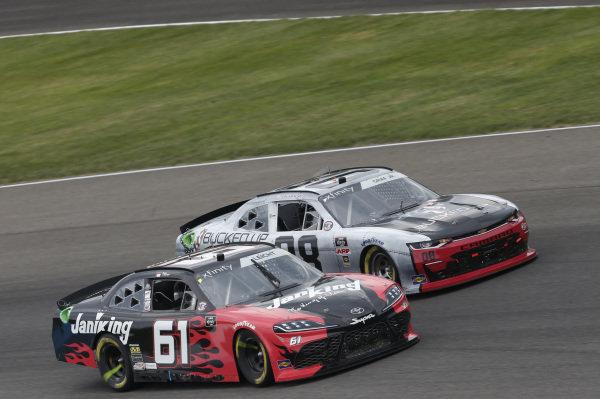 #61: Stephen Leicht, Hattori Racing Enterprises, Toyota Supra JANIKING #39: Ryan Sieg, RSS Racing, Chevrolet Camaro CMRRoofing.com
