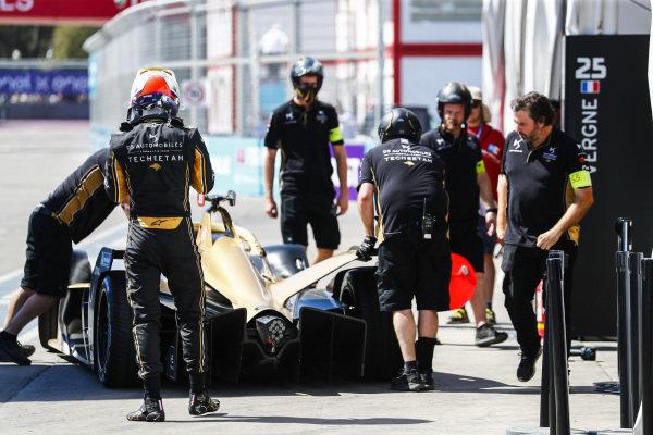 Jean-Eric Vergne (FRA), DS TECHEETAH, DS E-Tense FE19, returns to the garage