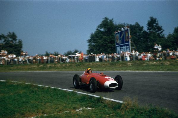 Monza, Italy. 6-8 September 1957. Luigi Musso (Lancia-Ferrari D50 801) 8th position, action.Ref-57 ITA 30. World Copyright - LAT Photographic