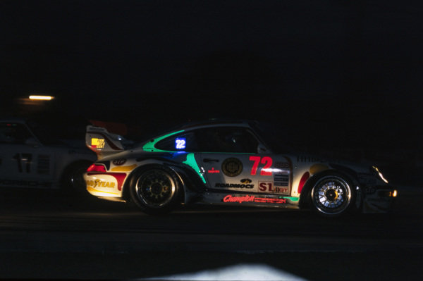 Derek Bell / John Fergus / Bill Adam / Hans-Joachim Stuck, Champion Porsche, Porsche 964 Turbo.