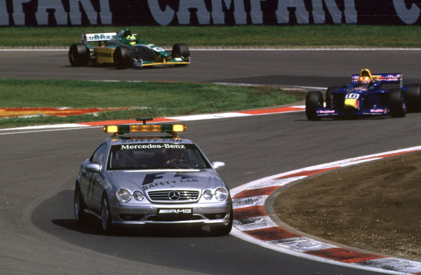 International Formula 3000 Championship Nurburgring, Germany. 19th - 20th May 2000 The safety car leads Enrique Bernoldi and race winner Bruno Junqueira after several cars spun out at the first corner World - Bellanca/LAT Photographic