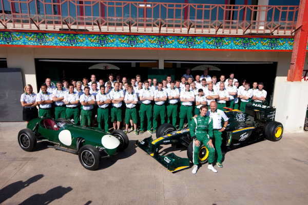 Valencia Street Circuit, Valencia, Spain24th June 2010.The Lotus team commemorate the 500th race for the marque with the first and the most recent Lotus charges. Portrait. Atmosphere. World Copyright: Steve Etherington/LAT Photographicref: Digital Image SNE25562