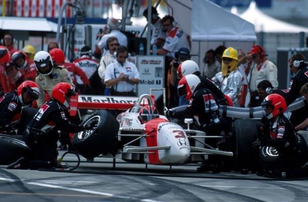 Helio Castroneves (BRA) Marlboro Team Penske finished 2ndCART World Series Rd 5 - Twin Ring Motegi, Japan - 19 May 2001BEST IMAGE