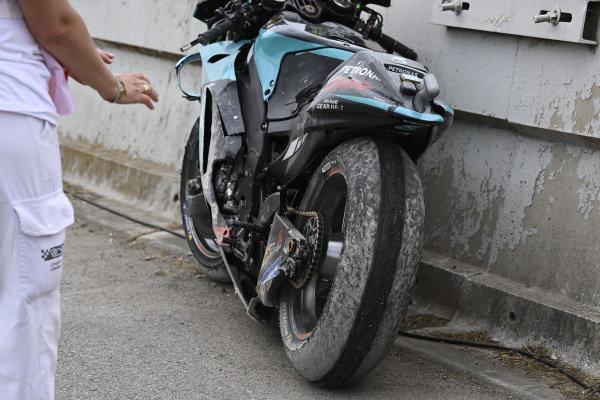 Valentino Rossi, Petronas Yamaha SRT, crashed bike.