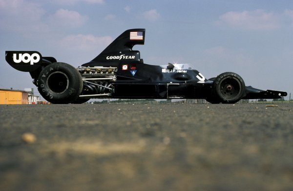 The Shadow DN7 of Jean-Pierre Jarier (FRA) was unveiled at the British GP but not raced. Featuring a Matra V12 engine rather than a Ford Cosworth DFV, the DN7 was raced just twice at Austria and Italy later in the season.
